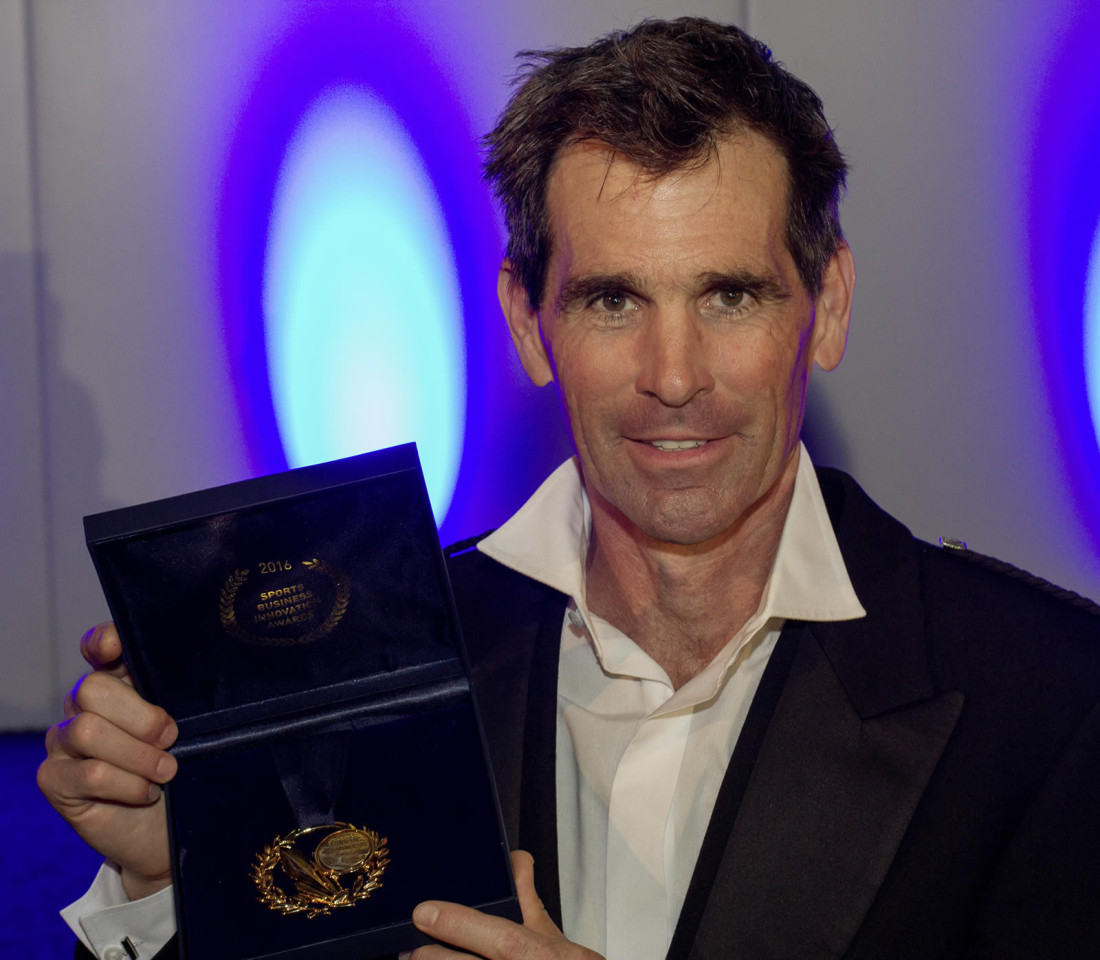 Van Phillips with his Lifetime Achievement Award from the Sports Business Innovation Awards 2016
